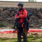Site de Taucho, Charly en pleine prévol : préparation et vérification du matériel