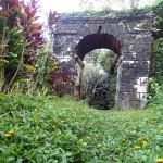 Les ruines du couvent sur les hauteurs de Rikitea