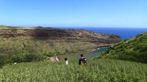 Baie de Hanamenu, en balade avec Taitoua