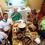 Notre famille adoptive à Apataki