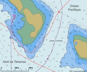 L'Envol à la voile dans la passe centrale de Tahanea (cartes CM93)