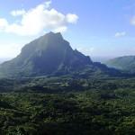 Le mont Rotui (899m) depuis le col des 3 Cocotiers