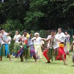 Danse traditionnelle au collège de Lano