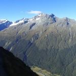 A gauche, le Mont Aspiring (3033m)