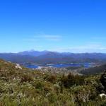 Le Frenchmans Cap (1446m) et le lac Burbury
