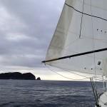 27 mars – Départ de Louisa Bay, à gauche Louisa Island