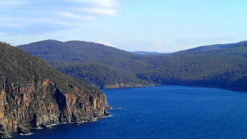 Au fond de la Fortescue Bay, L'Envol dans Canoe Bay