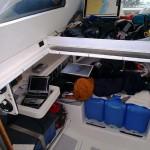 En nav avec la tablette dans le « loft »