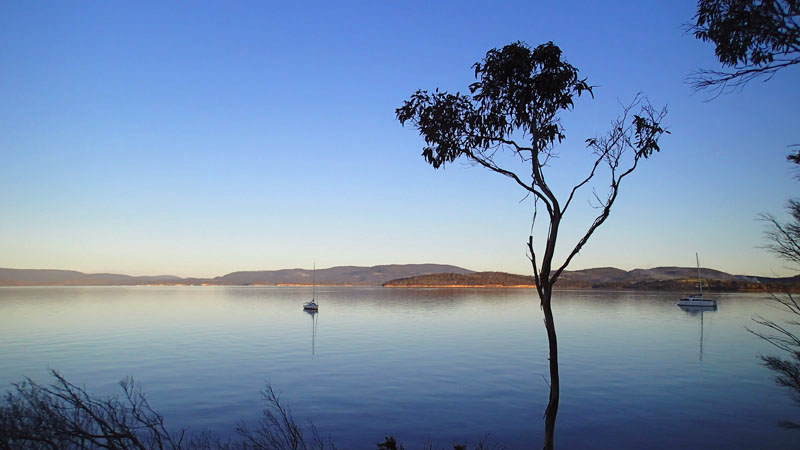 L'Envol à Plunkett Point dans la Norfolk Bay (Tasman Peninsula)