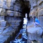 La curiosité géologique de Tunnel Bay