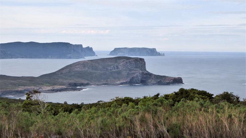Mt Brown (West Arthur Head), cap Pillar et Tasman Island