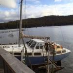 Tony sur le balcon du Yacht Club de Taranna, au fond à droite L'Envol