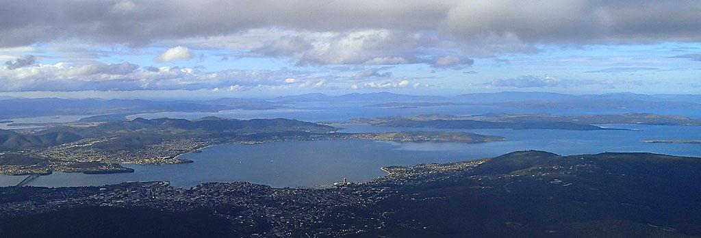 Du Mt Wellington (1270m) en regardant vers l'Est